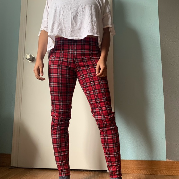 b1853fb2965509 Forever 21 Pants - NWOT Forever 21 Plaid Leggings